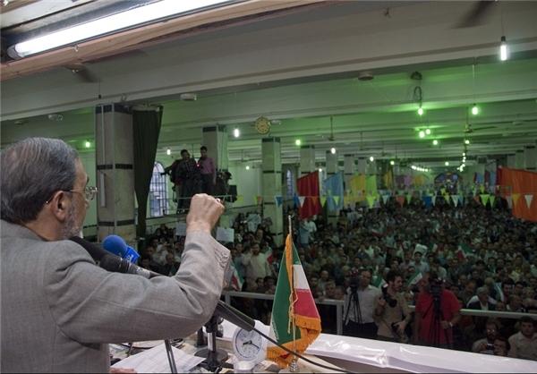 مصمم هستیم تا مصوبات سفر رهبری به کرمانشاه را اجرایی کنیم/رفع مشکل ریزگردها از مهمترین برنامه های ما است